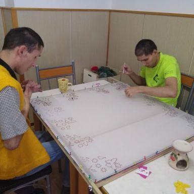 Maľovanie hodvábnej šatky