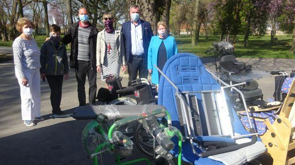 Darovanie vozíkov